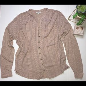 Lucky Brand long sleeves button down shirt Large